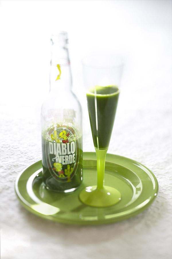 cocktail original au jus d'herbes et de persil