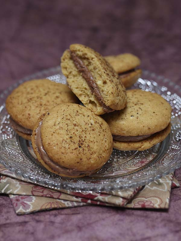 Photographie culinaire : whoopie pies Nutella, épices, crème de whisky