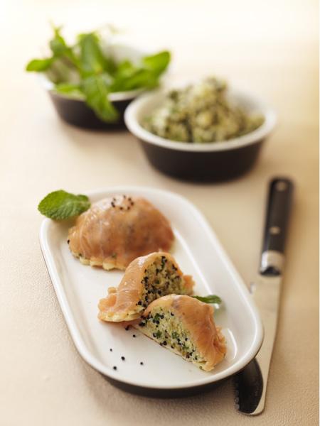 bouchée apéritive au saumon fumé comme une tourte