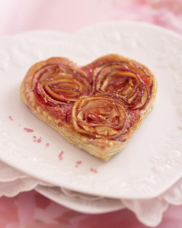 Photographie culinaire : coeur feuilleté en bouquet de roses