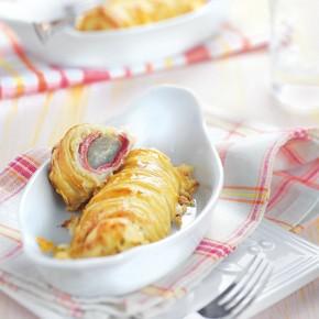 Photographie culinaire : endives et jambon en roulé feuilleté
