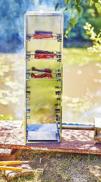 photographie culinaire : saumon en cours de fumaison